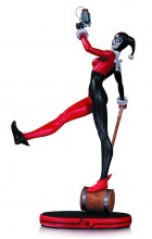DC Comics: Cover Girls  Series Classic Harley Quinn Statue