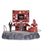 Batman Animated  Series Batcave Playset with Alfred Collector Figure